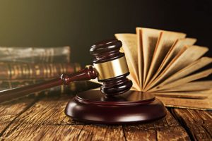 5 key points to consider before hiring a lawyer